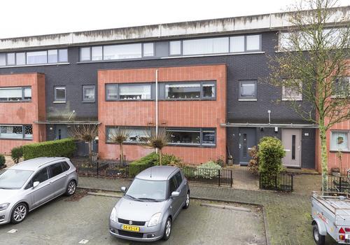 Leusveld 15 in Nieuw-Vennep 2151 JV