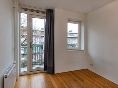 10 slaapkamer 2 esmoreitstraat 54-iii ams 10