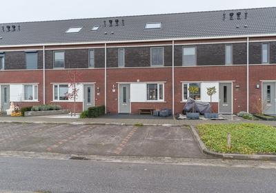 Poeldonk 5 in den dungen 5275 hp woonhuis te koop dirk van uden makelaardij taxaties - Huis gevel ...