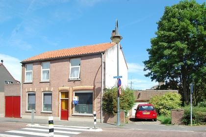 Hoogstraat 21 in Klundert 4791 AN