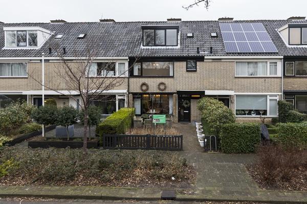 Zwanenwater 43 in Nieuw-Vennep 2152 BL