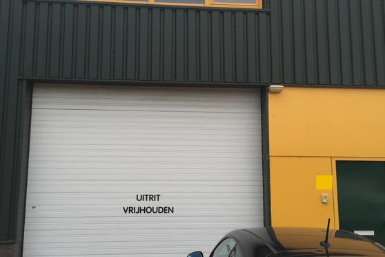Garage Huren Almere : Zandzuigerstraat 77 in almere 1333 mx: bedrijfsruimte te huur
