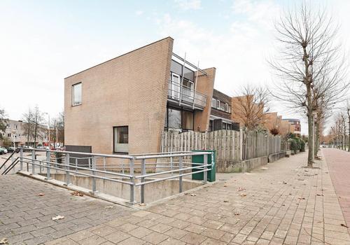 L. Springerstraat 66 in Velserbroek 1992 BZ