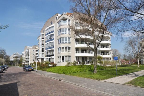 Badhuislaan 6 in Voorburg 2273 DR