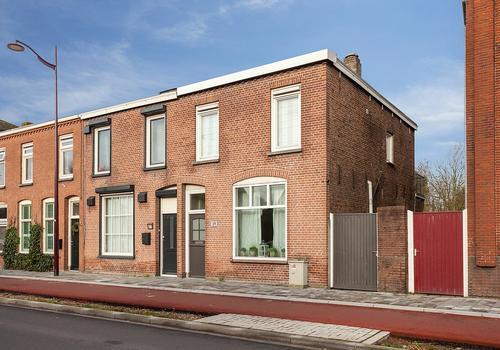 Bosschendijk 39 in Oudenbosch 4731 DA