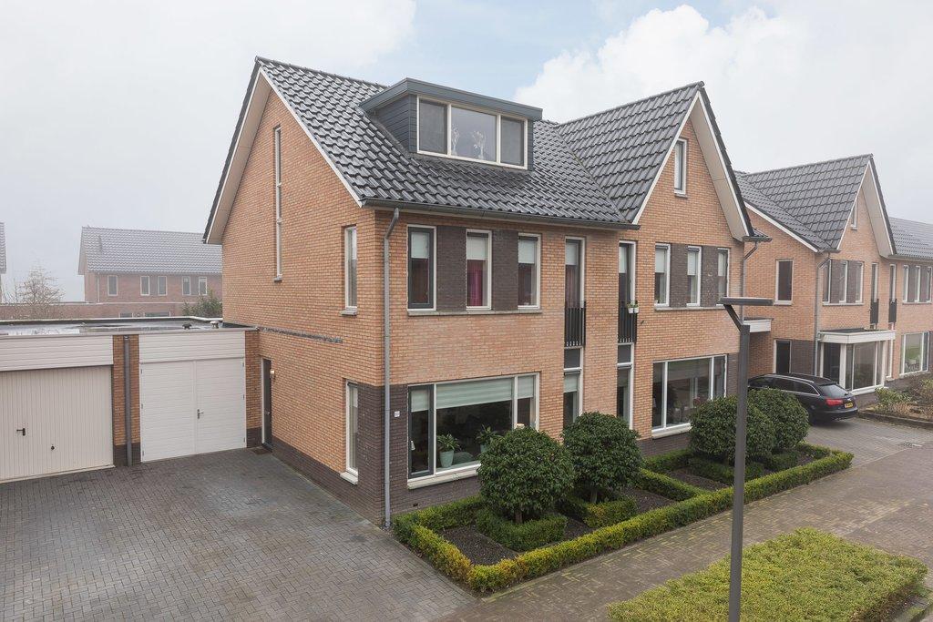 Aalscheer 50 in Borne 7623 ND: Woonhuis te koop. - De Makelaar