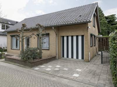 Peperstraat 2 A in Waardenburg 4181 AC