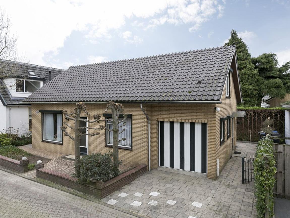 Peperstraat 2 A in Waardenburg 4181 AC