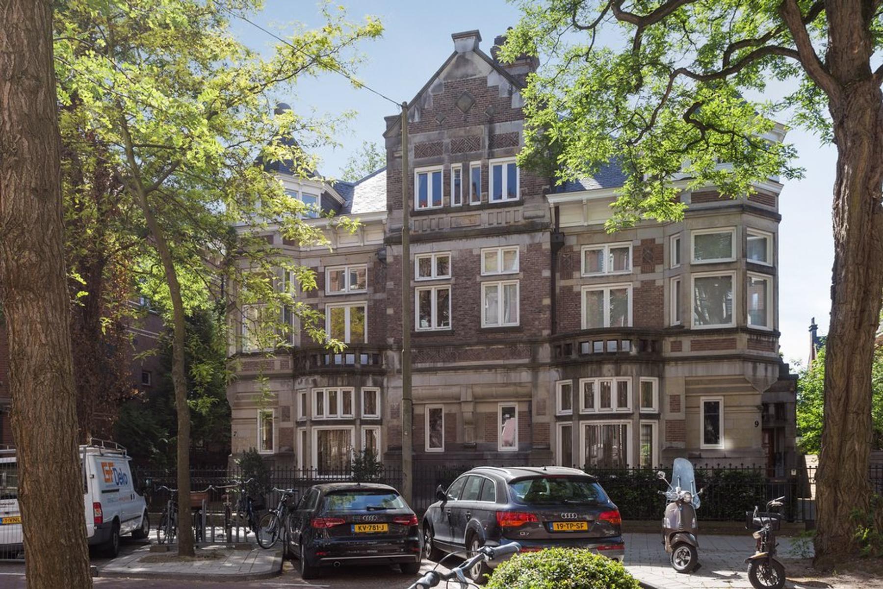Jan Luijkenstraat 7 in Amsterdam 1071 CJ