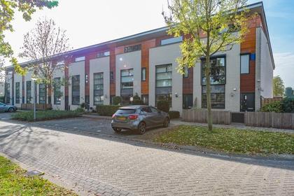 Suze Robertsonstraat 12 in Almere 1318 LX