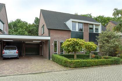 Dongestraat 27 in Helmond 5704 LN