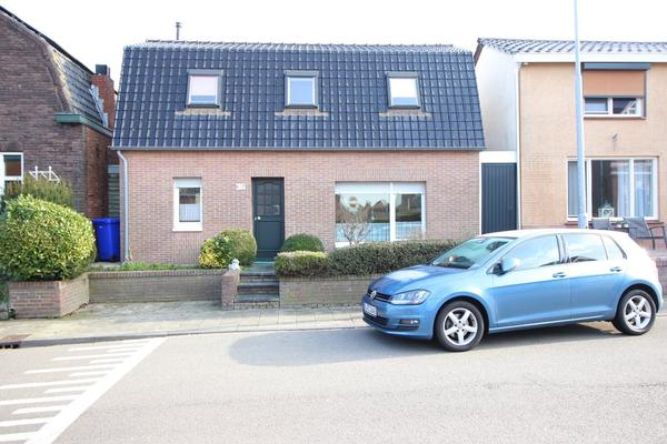 Langestraat 36 in Hoek 4542 AG