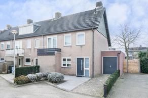 Van Kinsbergenstraat 18 in Drunen 5151 ML