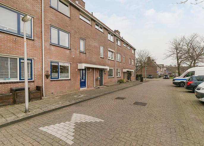 Dovenetelstraat 20 in Purmerend 1441 PT