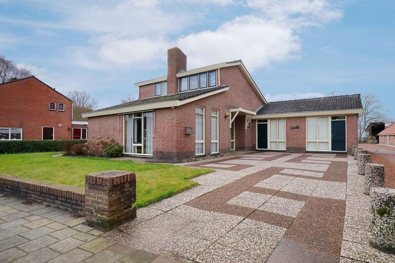 Middenweg 92 in Veendam 9645 BH