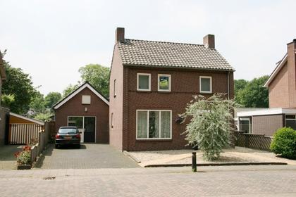 Sint Josephstraat 17 in Stevensbeek 5844 AL
