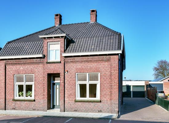 Dorpstraat 18 in Westerhoven 5563 BD