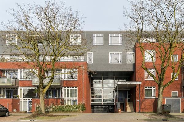 Javastraat 152 in 'S-Hertogenbosch 5215 BK
