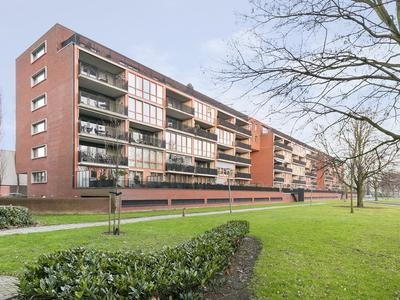 Frank Van Borselenstraat 67 in Vlaardingen 3132 JD