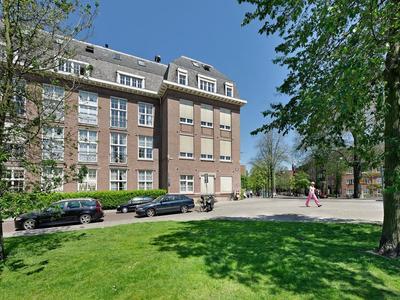 Joh.M. Coenenstraat 52 +Pp in Amsterdam 1071 WH