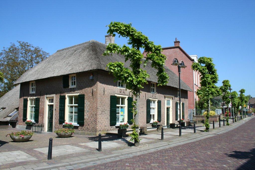 Hogestraat 21 in Druten 6651 BG: Woonhuis. - Van Erp Makelaardij B.V.
