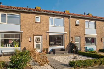Wilhelminastraat 34 in Ouderkerk Aan Den IJssel 2935 XW