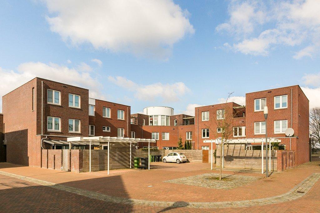 Slaapkamer Meubels Waalwijk : Het fort 33 in waalwijk 5146 ch: woonhuis te huur. makelaars en
