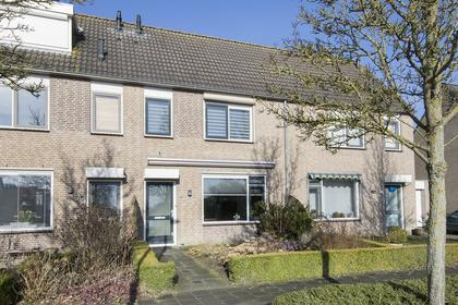 Priorindreef 28 in Willemstad 4797 EC