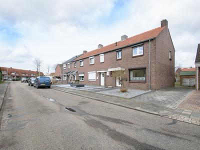 Karel Doormanstraat 7 in Landgraaf 6374 VC