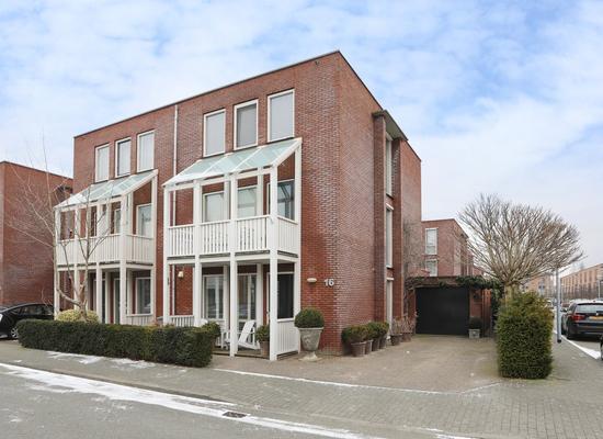 Hofpoort 16 in Nieuw-Vennep 2152 HH