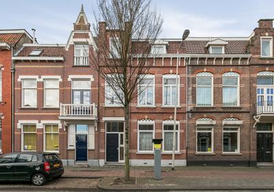 Antwerpsestraat 30 in Bergen Op Zoom 4611 AJ