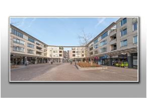 Globeplein 16 in Almere 1334 BV