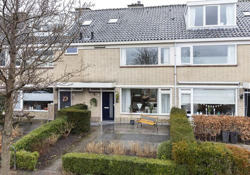 Warande 81 in Nieuw-Vennep 2152 CL