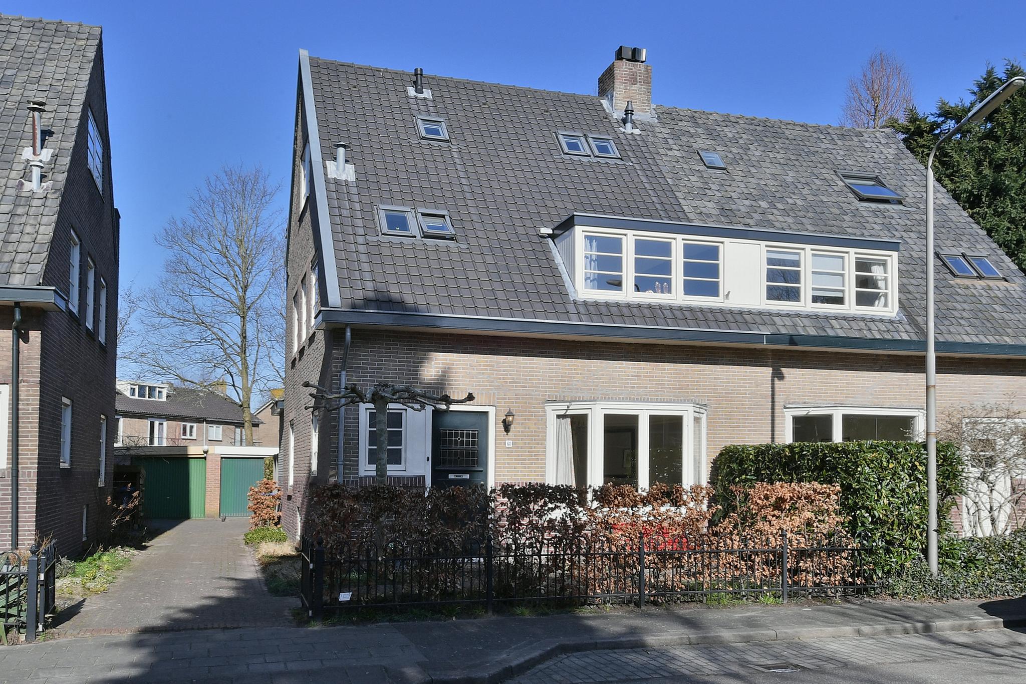 Zwarteweg 68 in Naarden 1412 GE: Woonhuis. - Visch & Van Zeggelaar