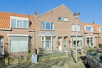 Van Der Duyn Van Maasdamstraat 16 in Den Helder 1781 VD