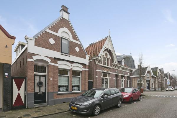 Damstraat 42 in Roosendaal 4701 GP