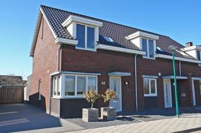 Dorpsrand 42 in Vorstenbosch 5476 MA