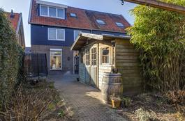 Helling 10 in Hardinxveld-Giessendam 3371 EZ