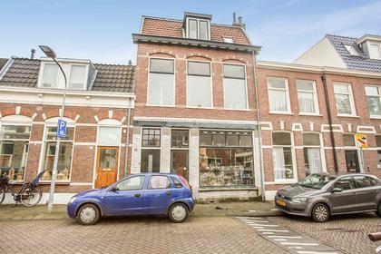 Pieter Kiesstraat 11 Rood in Haarlem 2013 BC