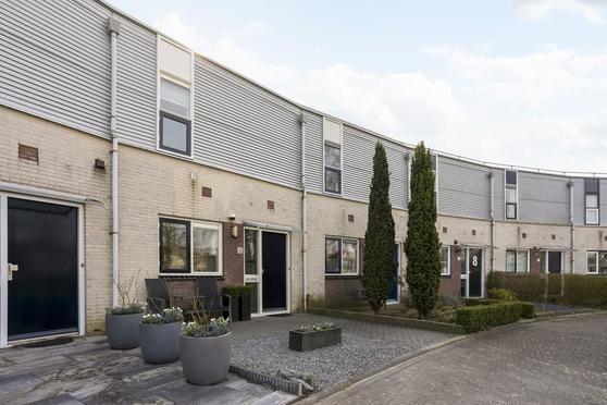 Ien Dalessingel 12 in Zutphen 7207 LK