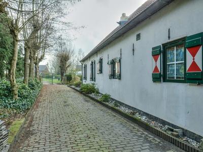 Hooijdonkseweg 1 in Breda 4823 ZD