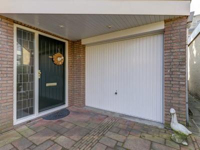 Dr. De Visserstraat 5 A in Sliedrecht 3362 CG