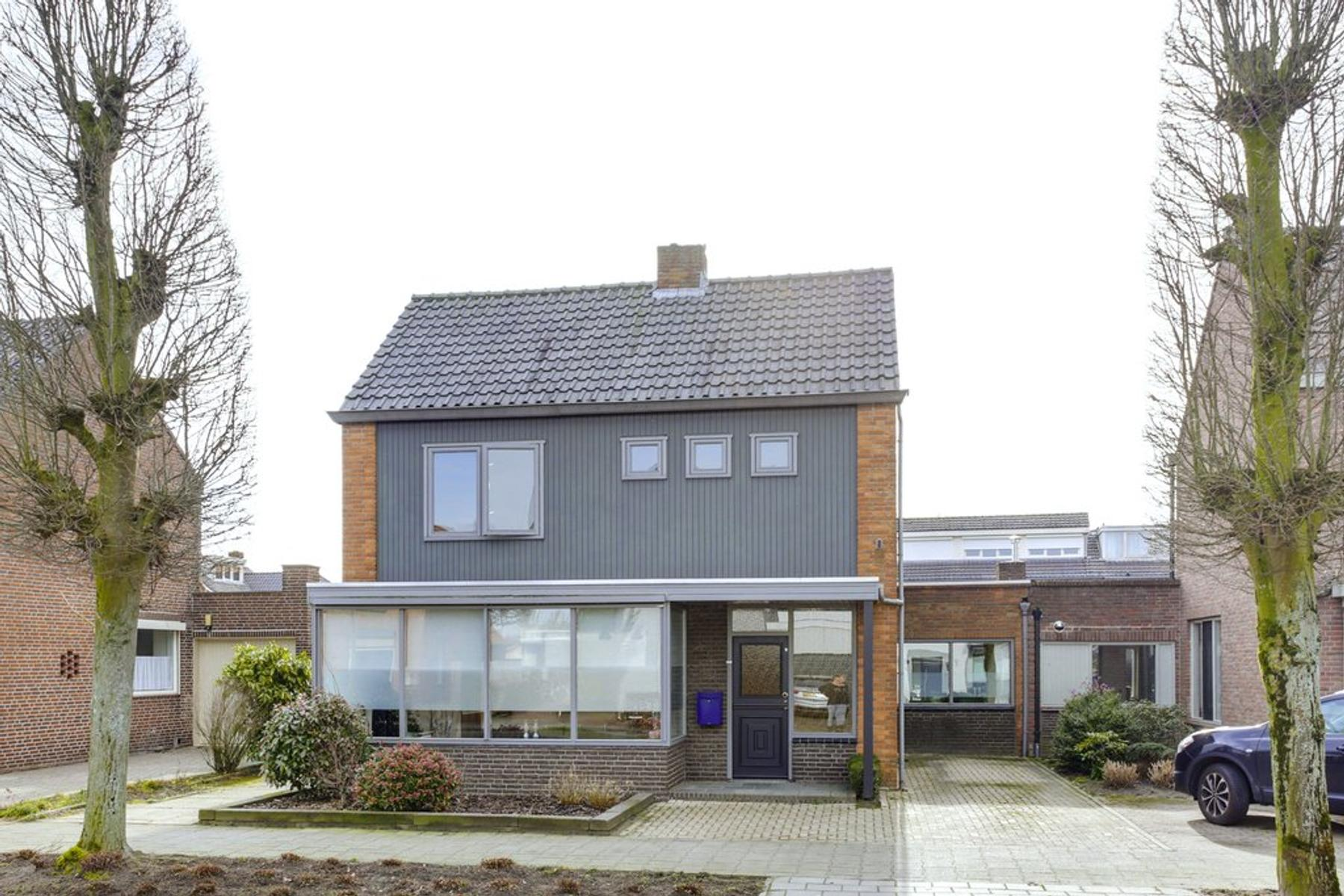 Veldstraat 41 in Zundert 4881 BA