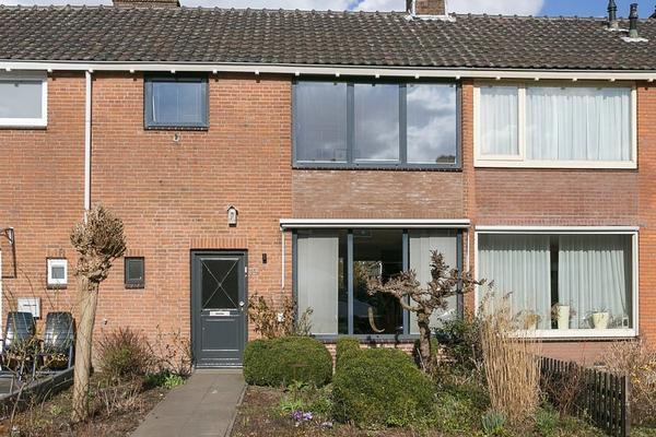 Azaleastraat 19 in Oosterhout 4904 DB