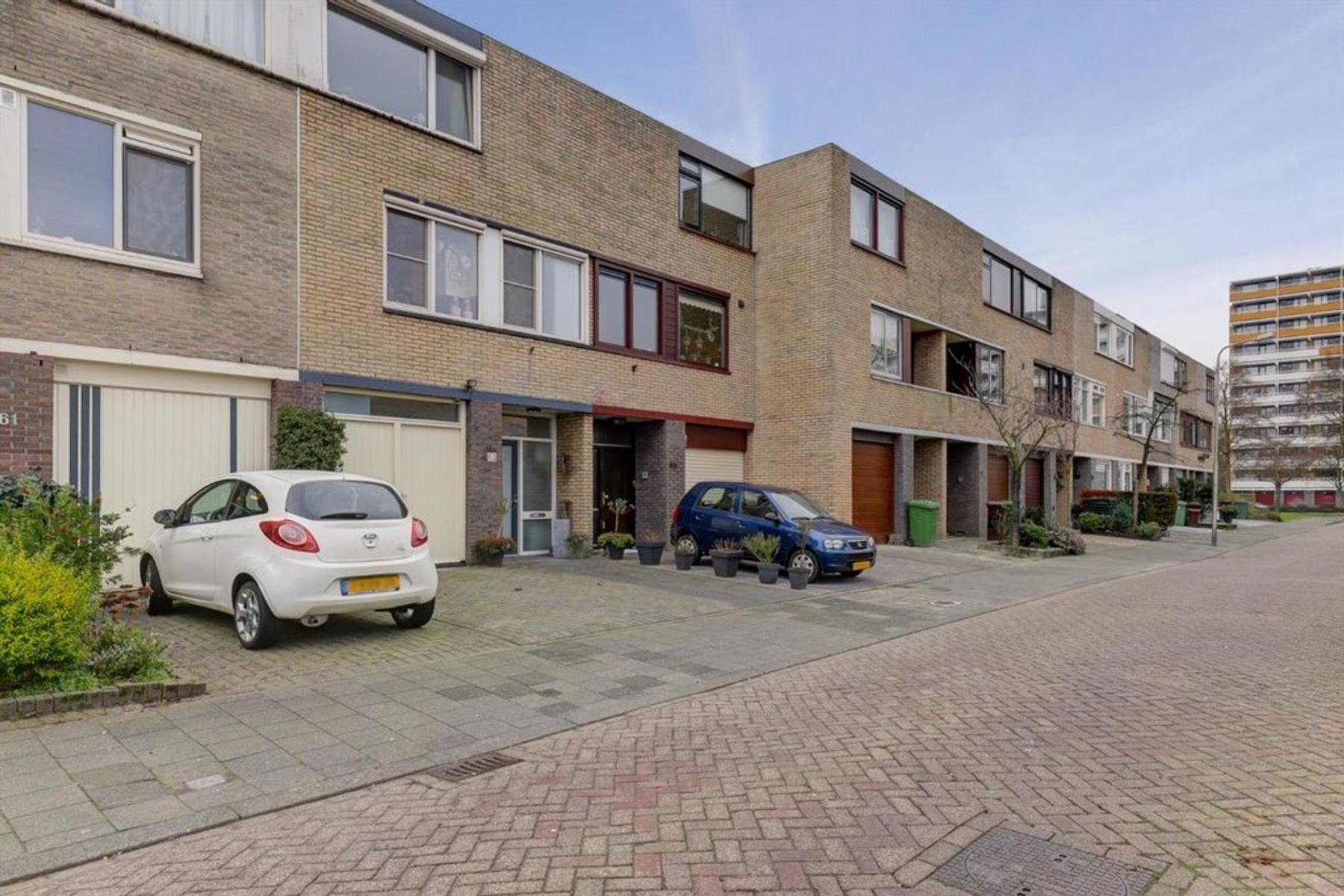 Jasmijnstraat 63 in ridderkerk 2982 cl: woonhuis. estate makelaar
