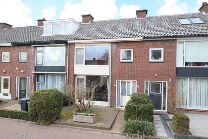 Anna Van Burenstraat 17 in Leiderdorp 2351 RM