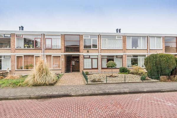 Schoutstraat 55 in IJsselmuiden 8271 VL