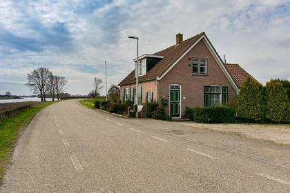IJsseldijk 69 in Welsum 8196 KC
