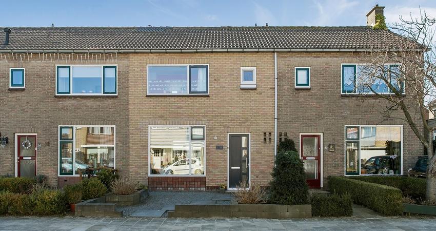 Kastanjelaan 14 in Leimuiden 2451 BX