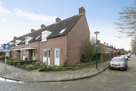 Pannenschuurlaan 164 in Oisterwijk 5061 DV